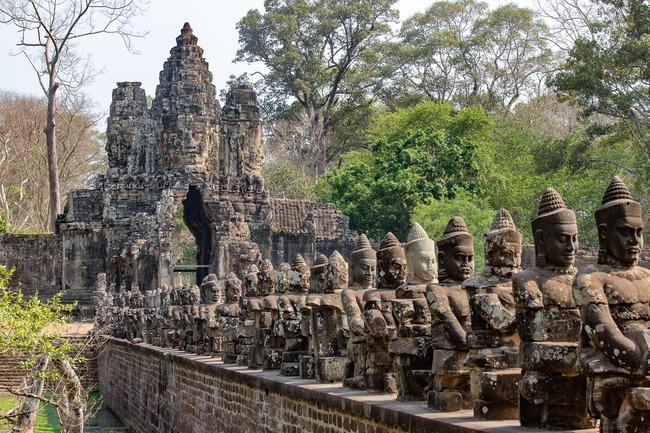 Сием Реап - врата към древен свят