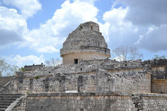 Запознаване с Чичен Ица - сърцето на империята на маите в Мексико